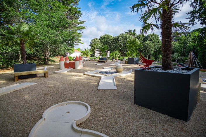 Au Jardin des Rêves - Mini-golf - Modules posés sur du nid d'abeille