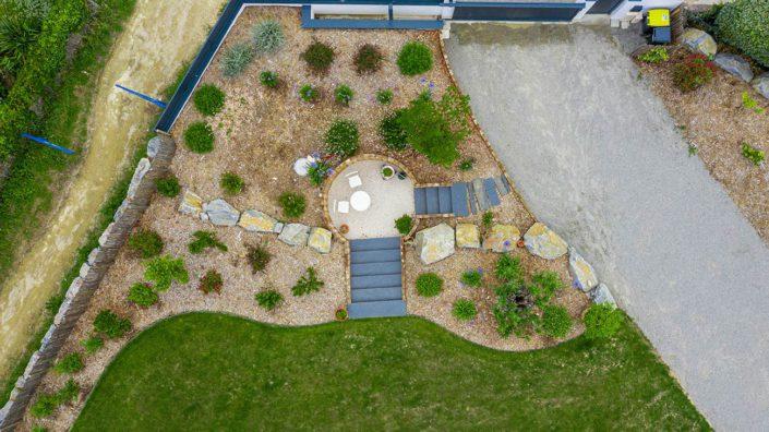 Au Jardin des Rêves - Terrasse enterrée Pin Classe 4 & Massifs