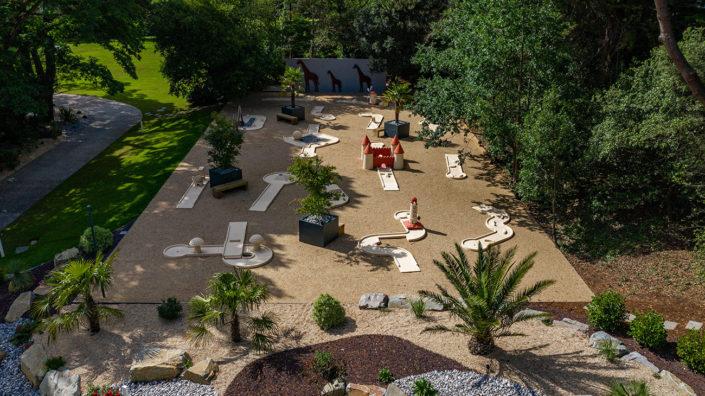 Mini-golf & Girafes en acier - Au Jardin des Rêves & AMFS
